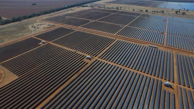 В Австралии запустили две крупнейшие солнечные электростанции мощностью 360000 МВт/ч