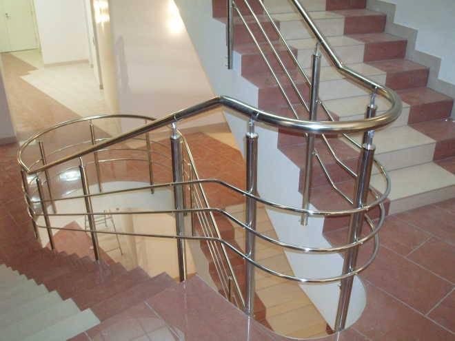 Перила, ограждения, стойки, лестничные и архитектурные конструкции
