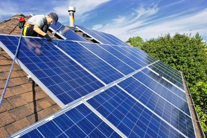 Возглавляемая Илоном Маском SolarCity планирует делать крыши полностью из солнечных панелей