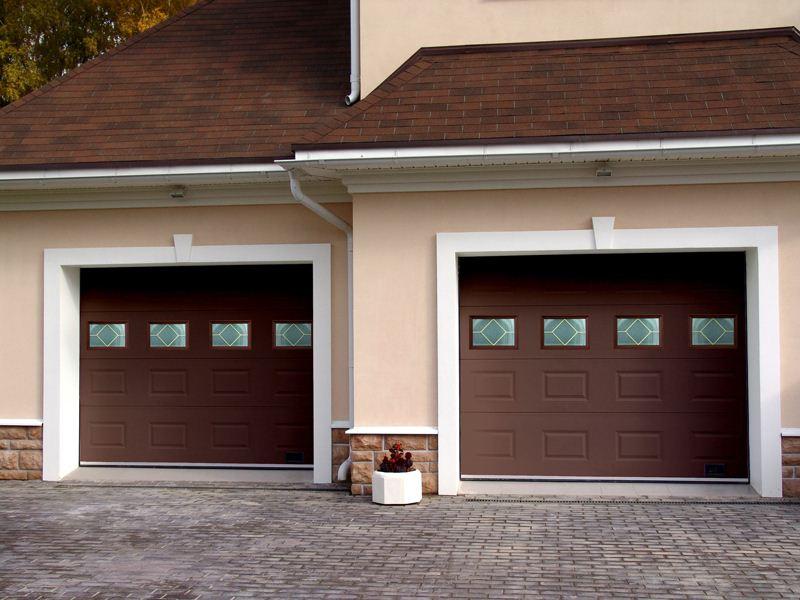 Секционные гаражные ворота: что это такое, виды ворот и монтаж
