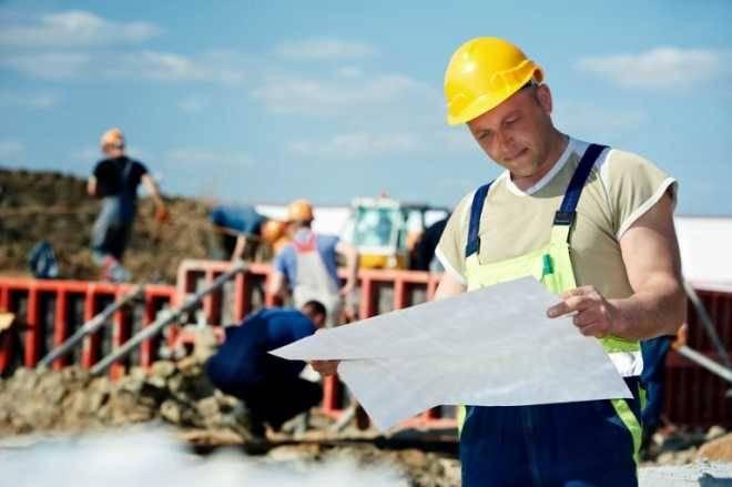 Трудоустройство и особенности работы строителем