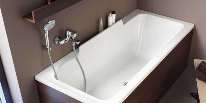 Ванна прямоугольная DURASTYLE 170*70 с ножками