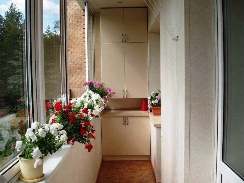 Если шкаф на балкон, то какой? Обзор балконных шкафов