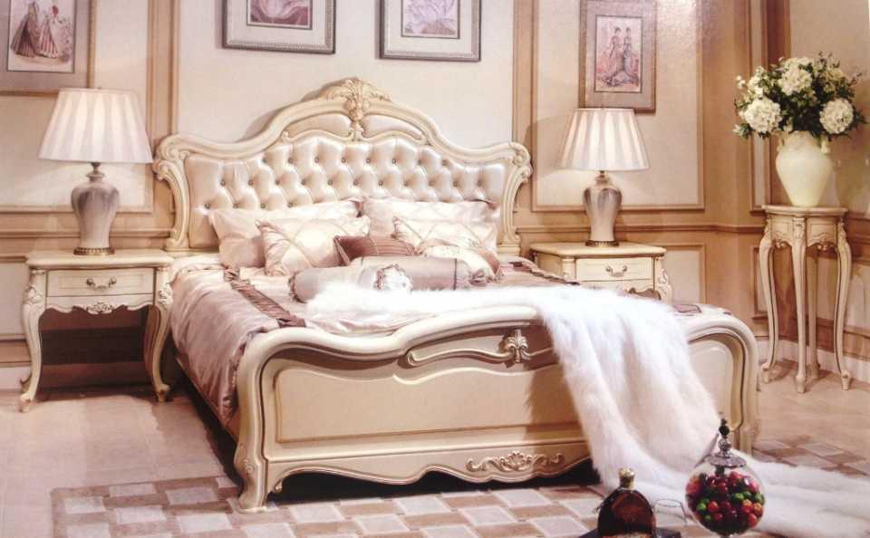 Главный элемент элитной спальни