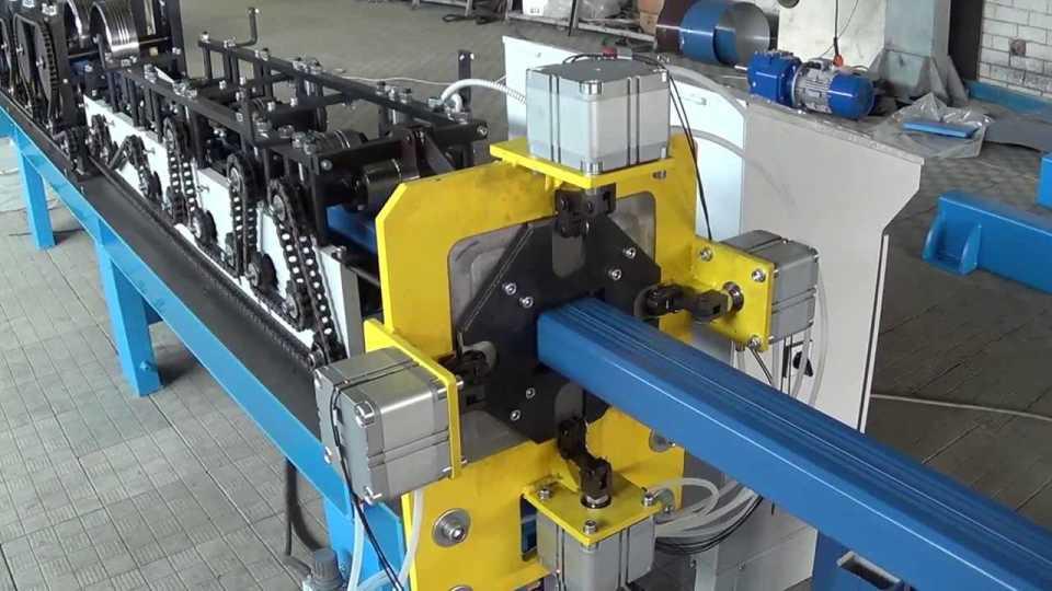 Оборудование для производства водосточных систем: виды и матералы