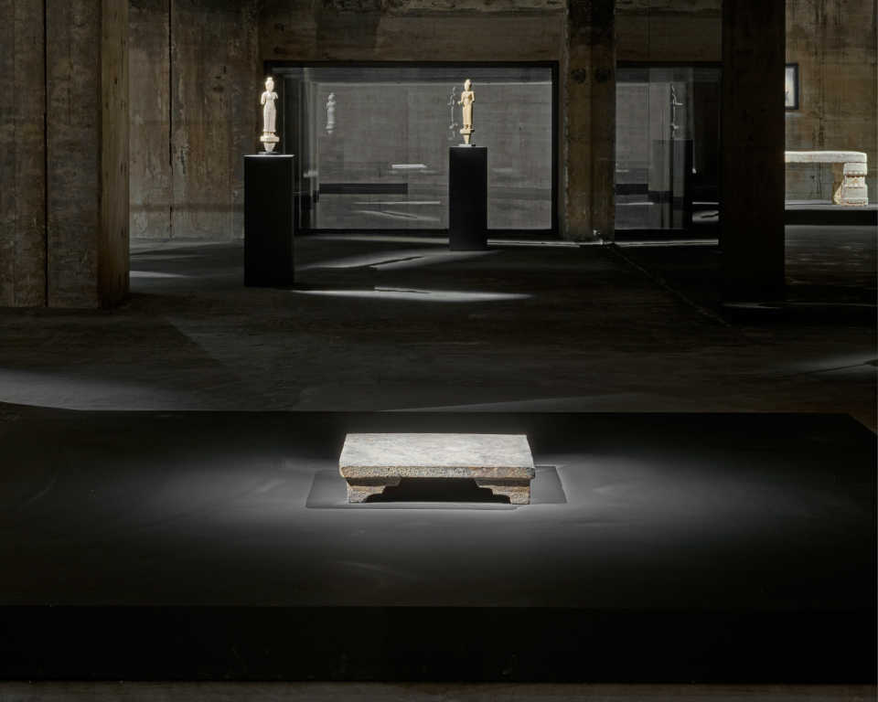 the-feuerle-collection-john-pawson-berlin-architecture-museums_dezeen_2364_col_6