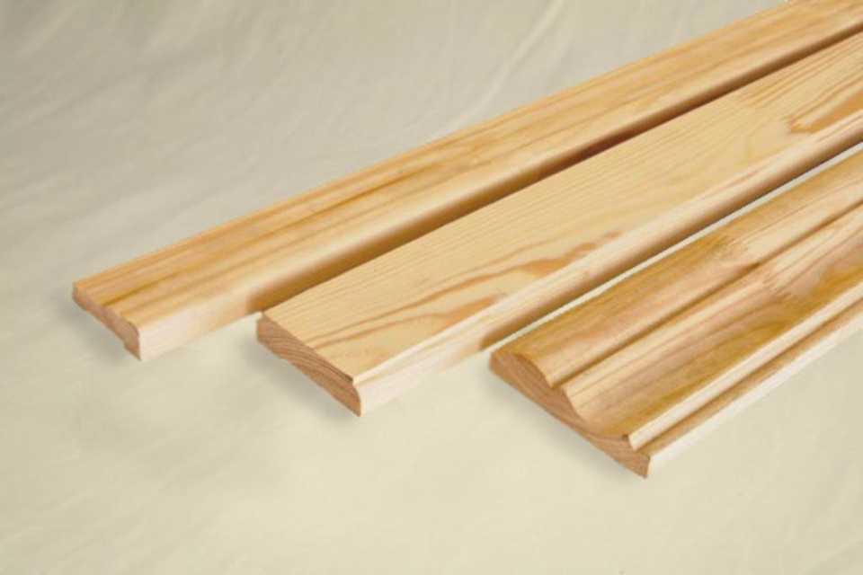 Деревянный резной погонаж: виды изделий и применение