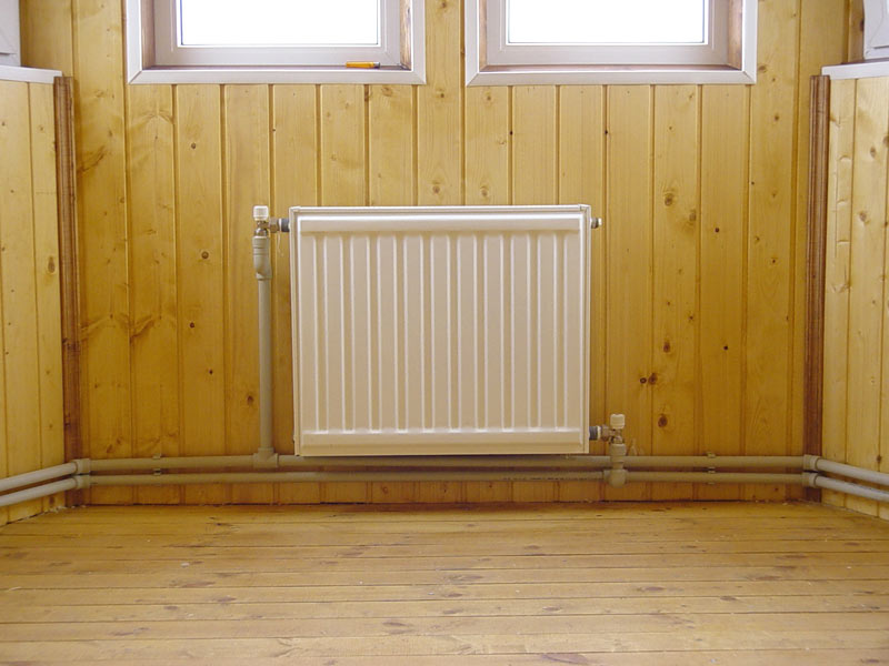 Установка батарей отопления в многоэтажных домах