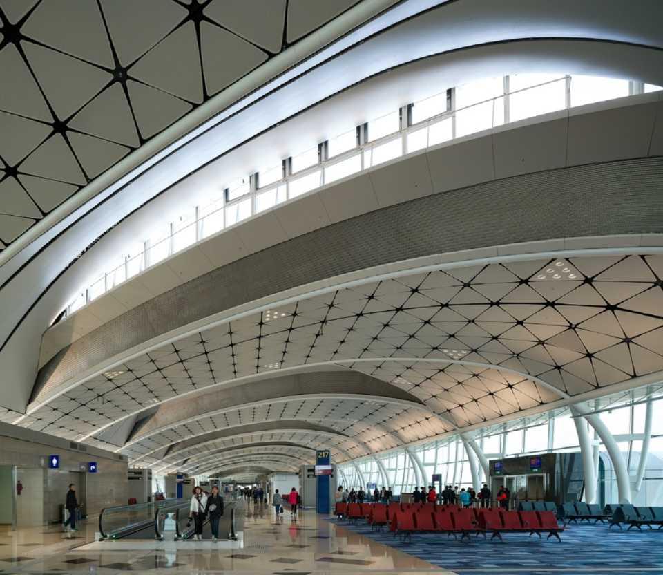 Aedas побеждает в двух международных конкурсах на лучший проект для аэропортов в Шэньчжене и Гонконге