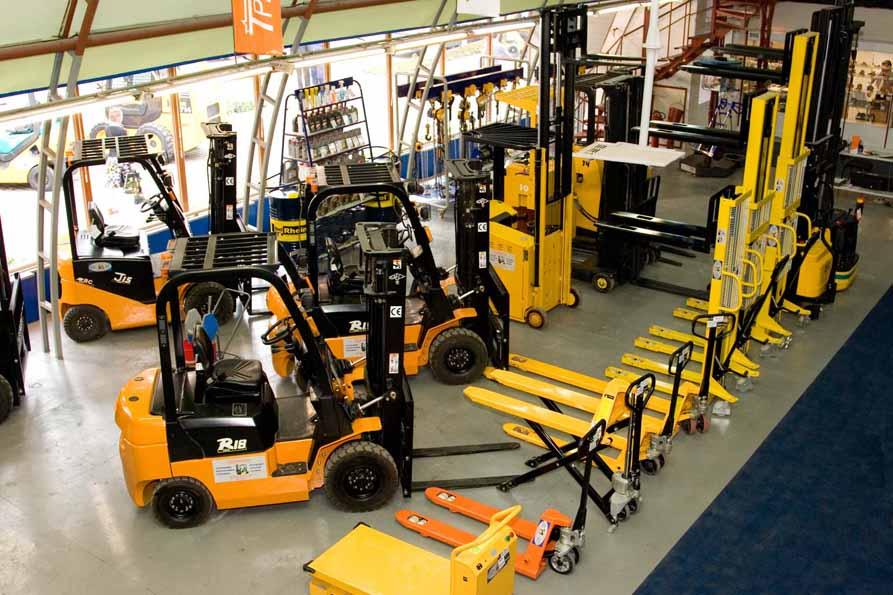 Виды складской техники. Обзор основных видов техники для склада