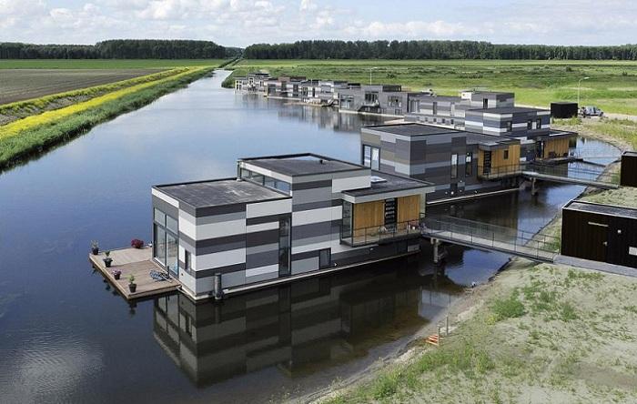 Дом на воде: цена вопроса