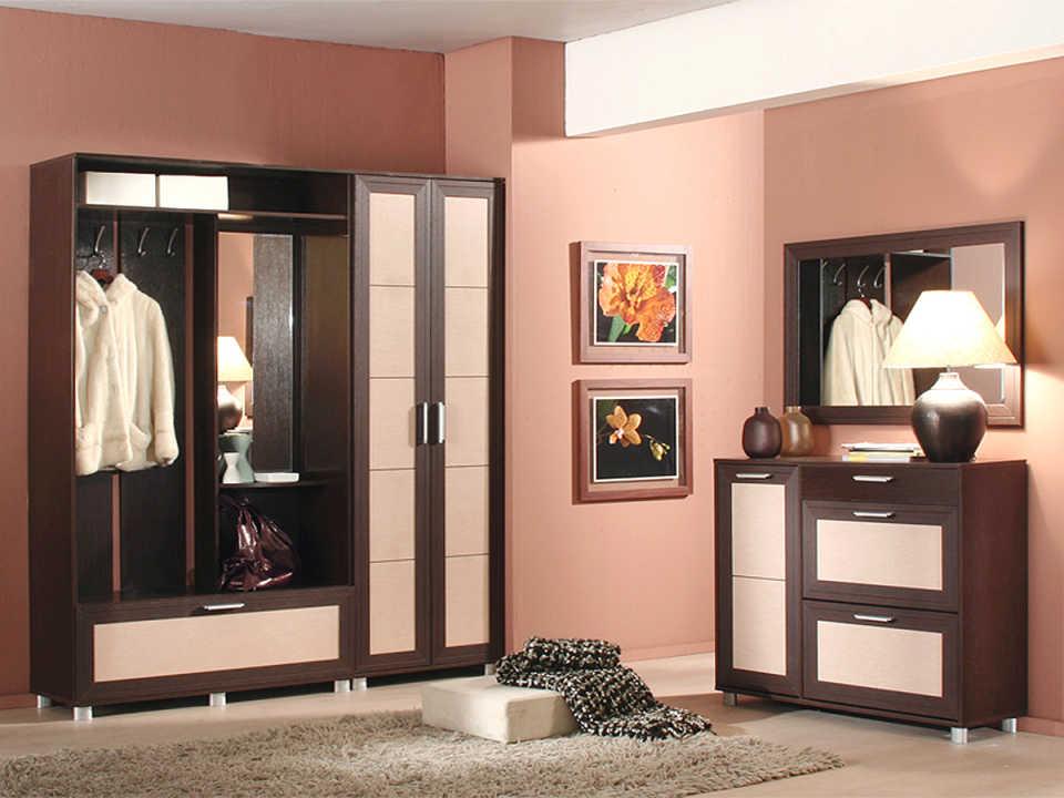 Как подобрать мебель для коридора: советы профессионалов