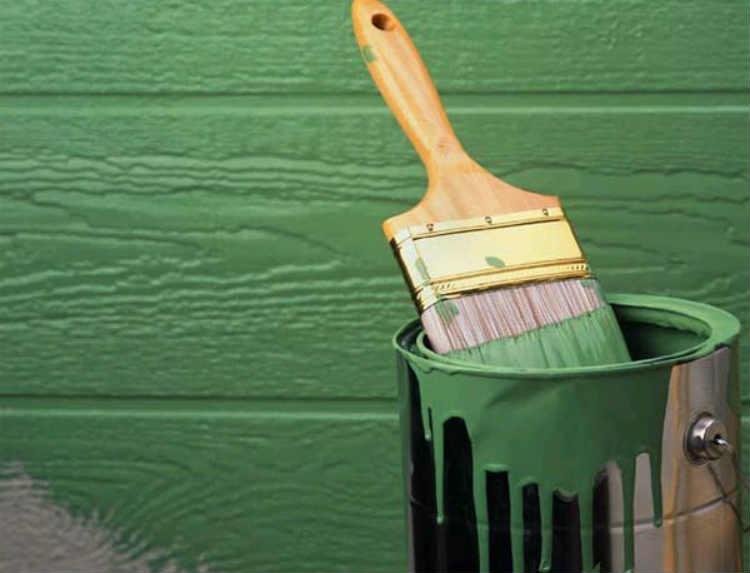Особенности выбора фасадной краски для дерева