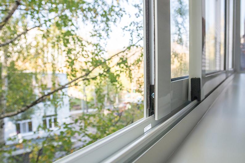 Остекление балконов выносное стеклопакетами серия дома копэ..