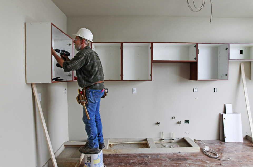 Как правильно выбрать компанию для ремонта квартиры