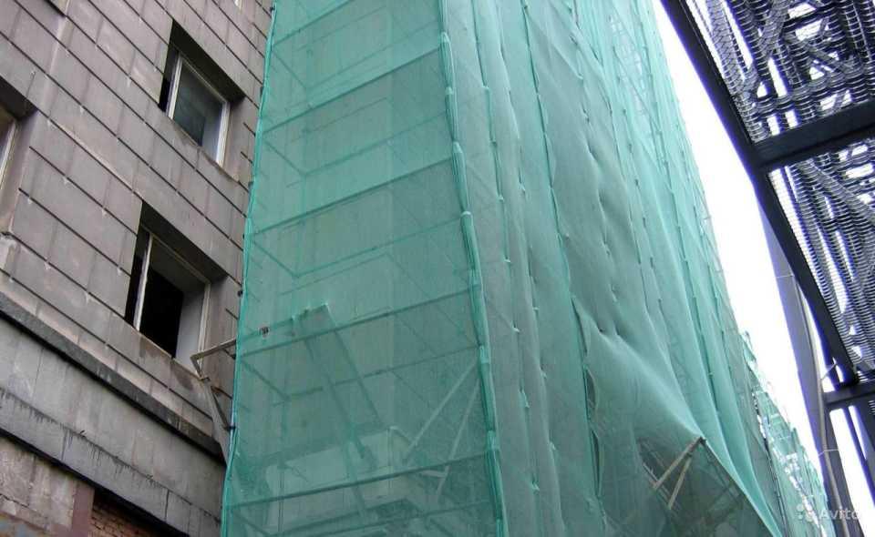 Фасадная защитная сетка: особенности и преимущества