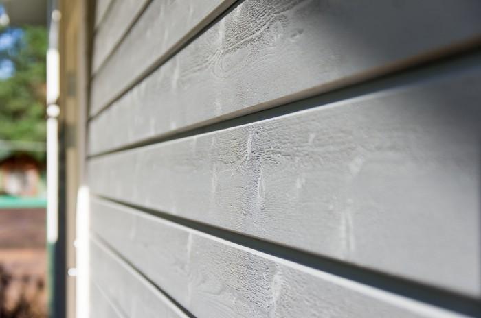Преимущества крашенной фасадной доски