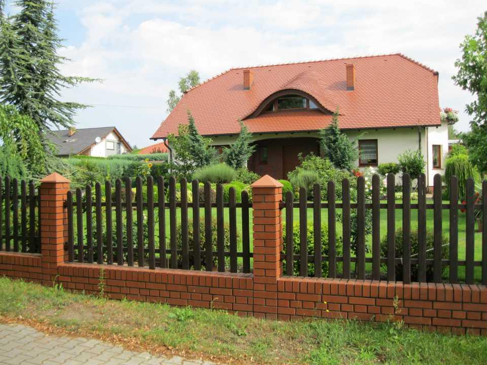 фото заборов из кирпича для частных домов бараньи ребрышки приготовленные