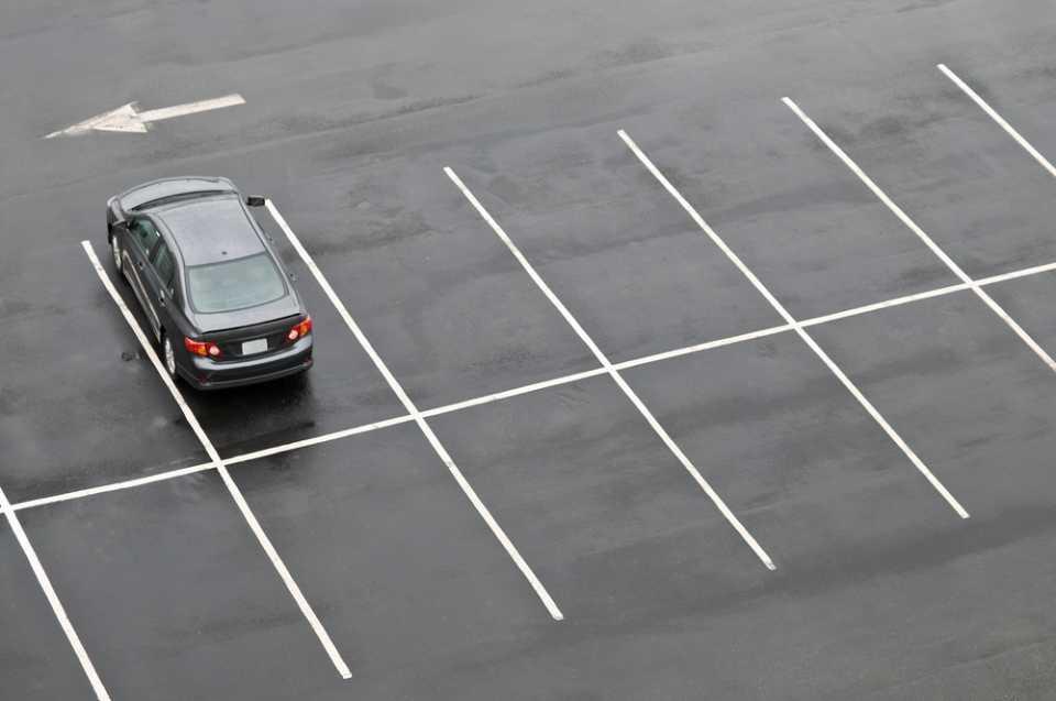Виды разметки парковки. Где заказать разметку?