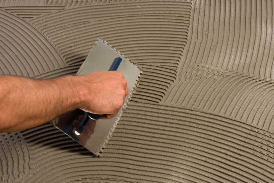 Клей для плитки: основные правила покупки