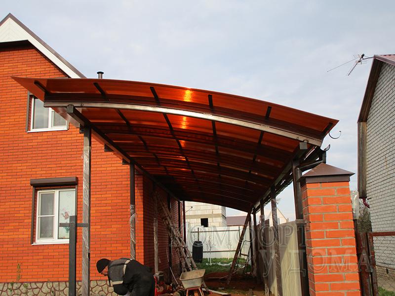 Навесы для дачи из сотового и монолитного поликарбоната