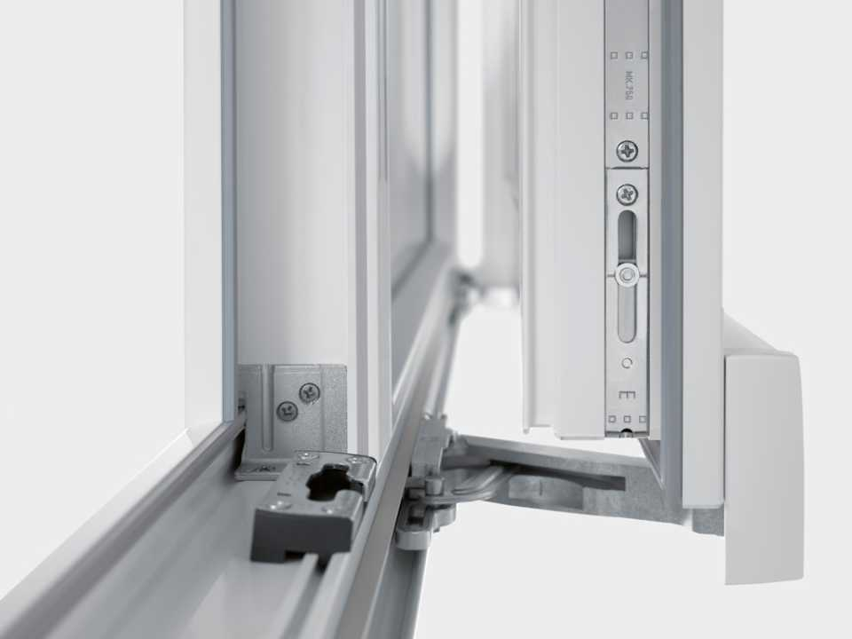 Выбор фурнитуры на окна металлопластиковые