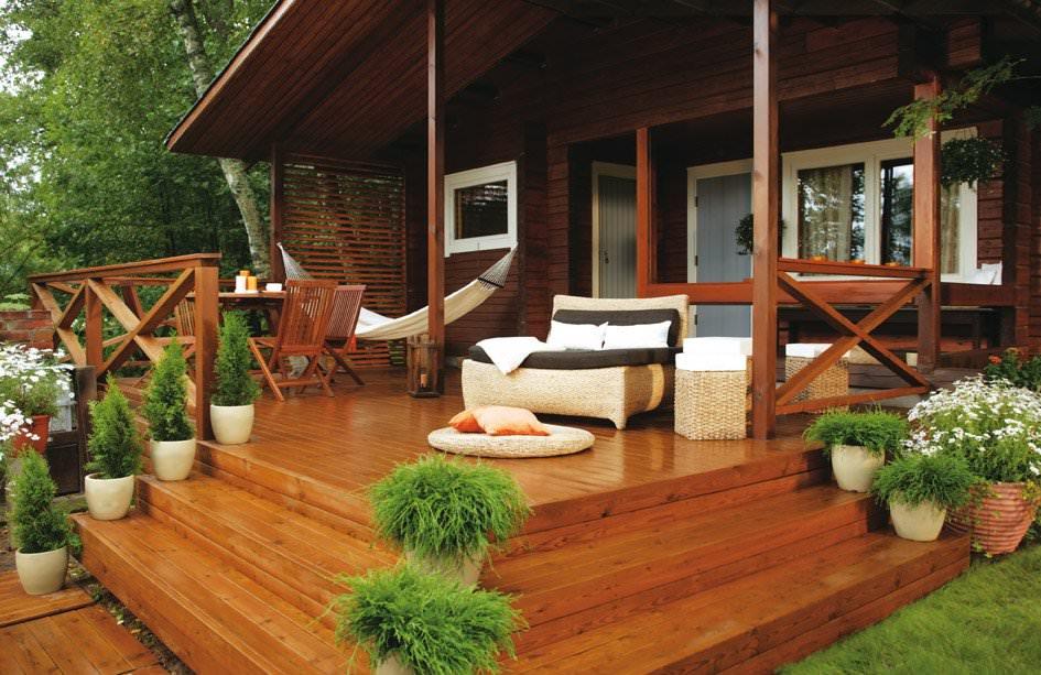 Строим загородную террасу или патио: как быстро и из чего?