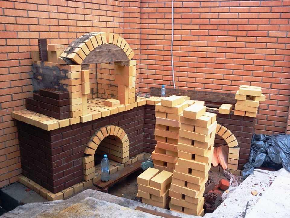 постройка кирпичного мангала