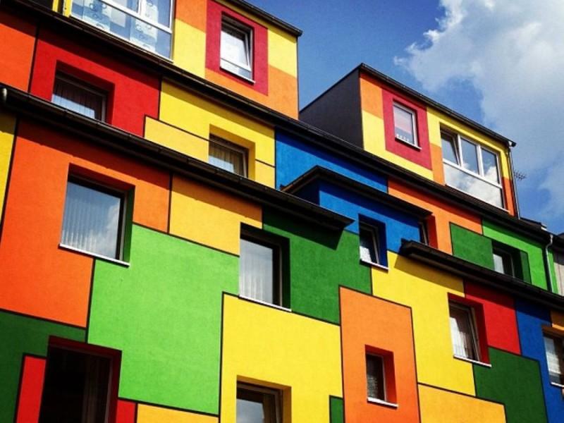 краска для фасадов зданий из бетона
