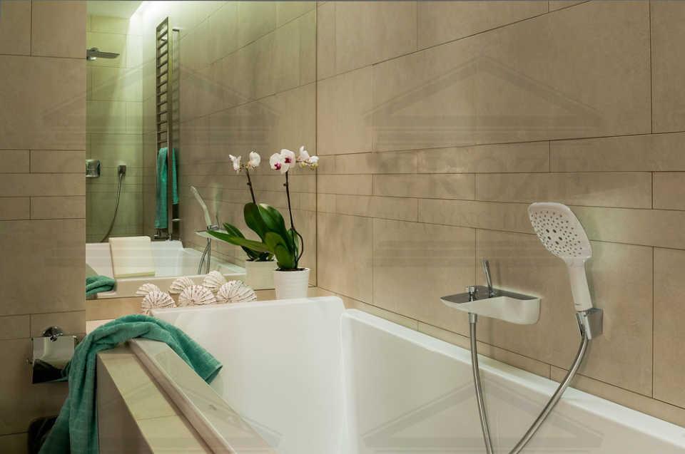 Какой материал предпочтителен для поддона, душа или для ванны?