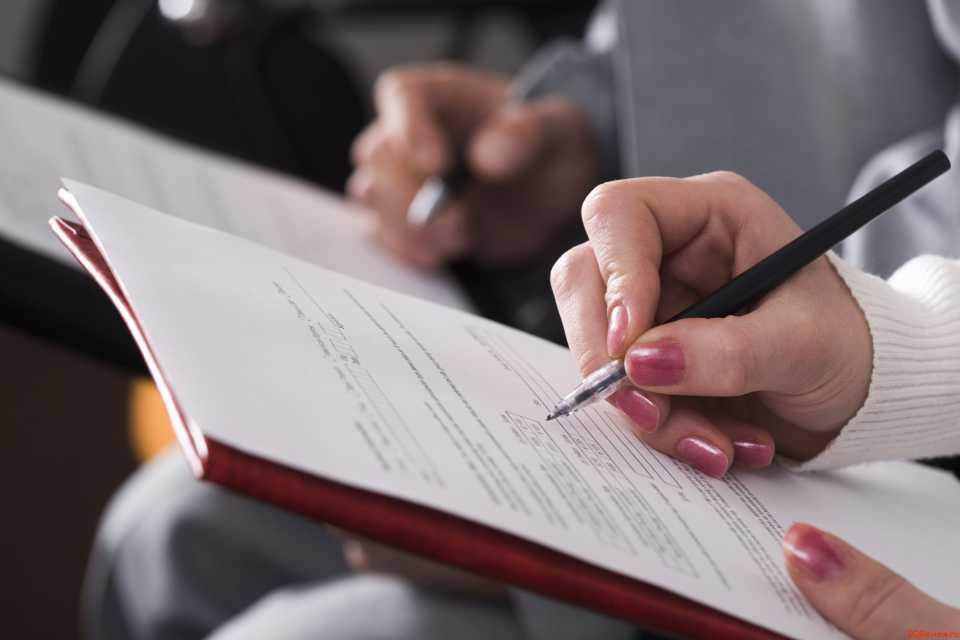 Как оформить квартиру в браке, чтобы избежать раздела недвижимости?