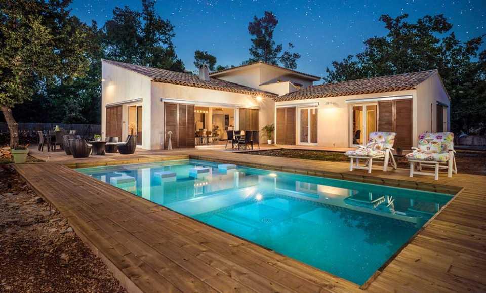 Построить бассейн: сколько это стоит?