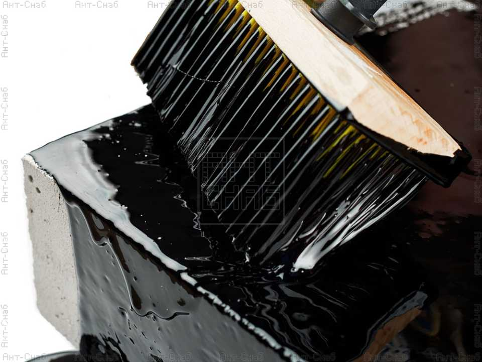 Битумная мастика: особенности и разновидности