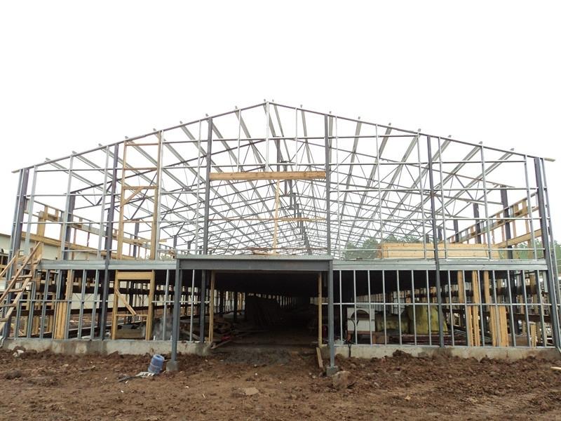 Возведение зданий из легких металлоконструкций и их главные преимущества