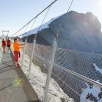 Titlis Cliff Walk - самый высокий подвесной мост в мире