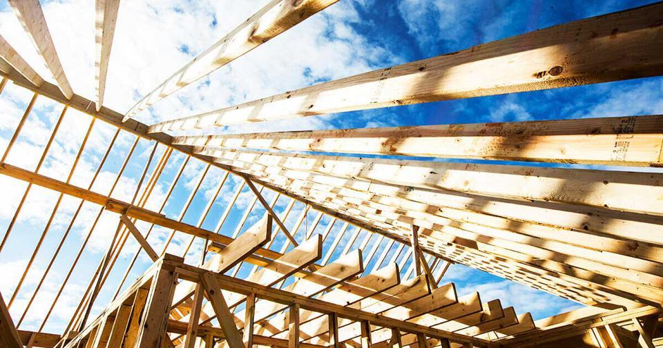 Что разумнее, построить или купить дом?