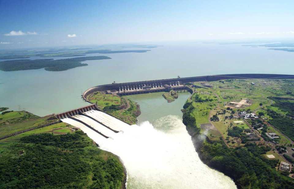 ГЭС Итайпу