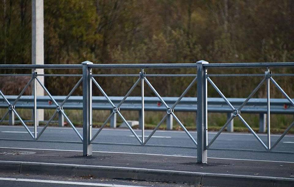 Особенности и назначение дорожных ограждений