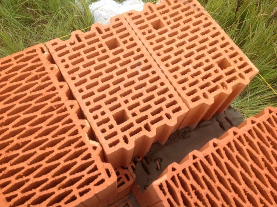 Виды керамических блоков и их свойства